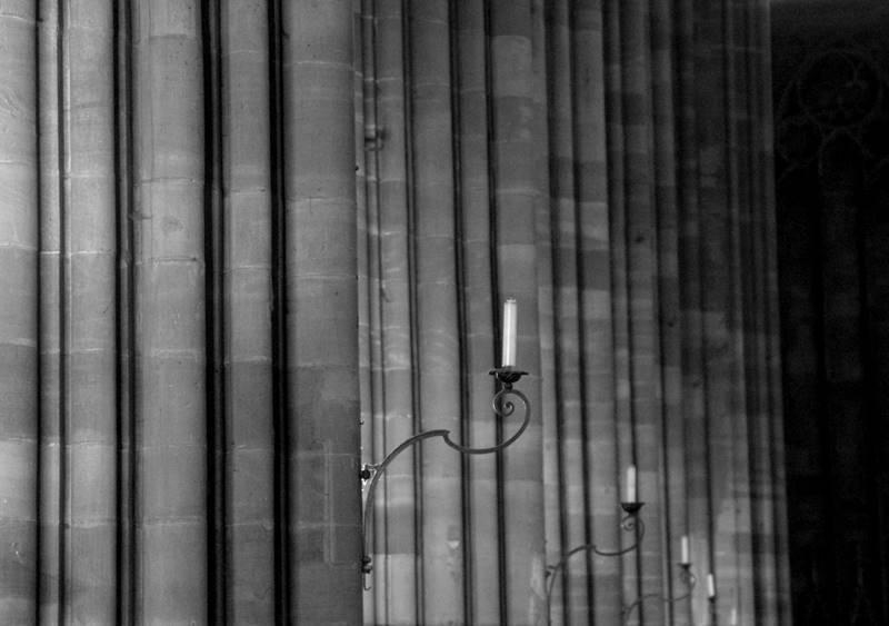 służki w katedrze