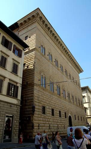 pałac strozzich